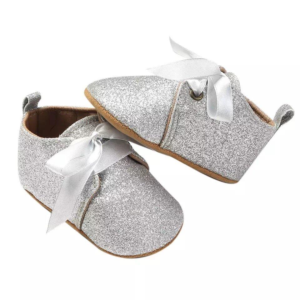 2eec55de7 zapatos plateados